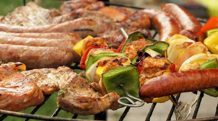 Barbecue food waste recycling