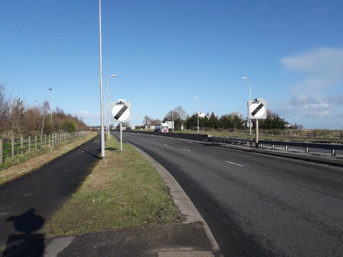 llan y pwll link road litter works